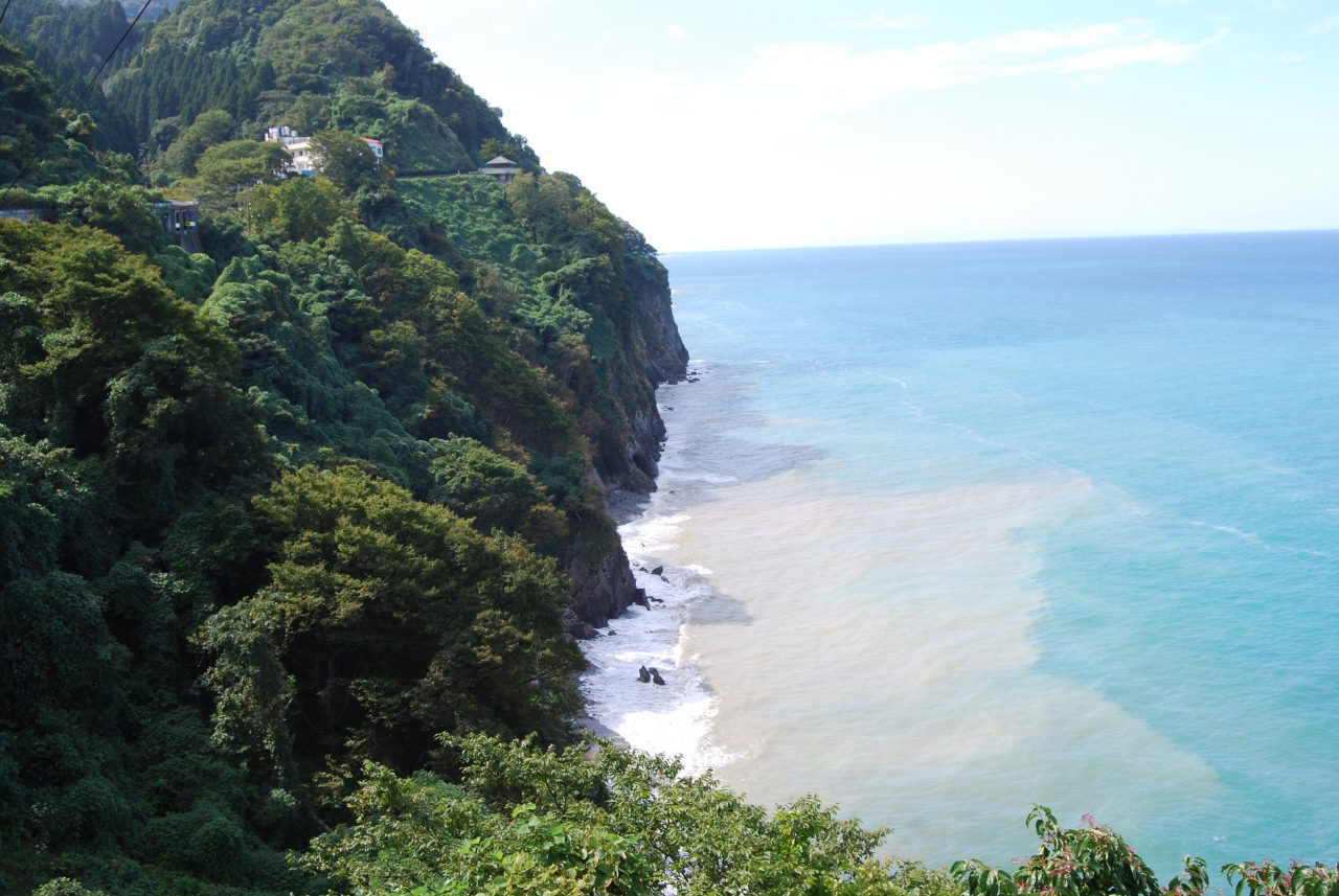Cliffs of Oyashirazu