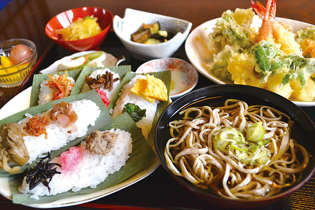 Enjoy Itoigawa's Soba Hot or Cold