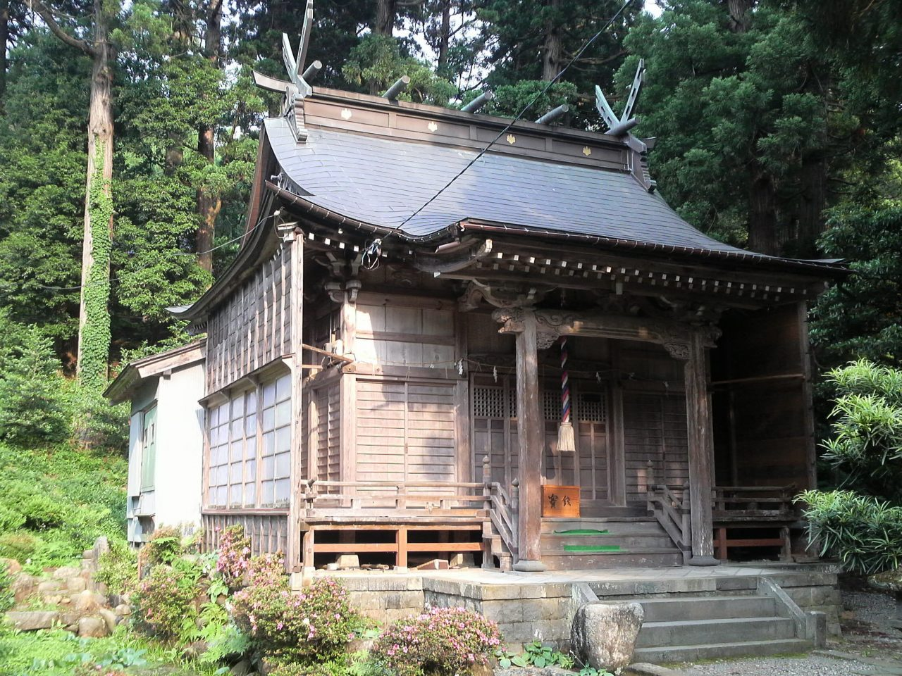 Nanasha Shrine's Worship Hall