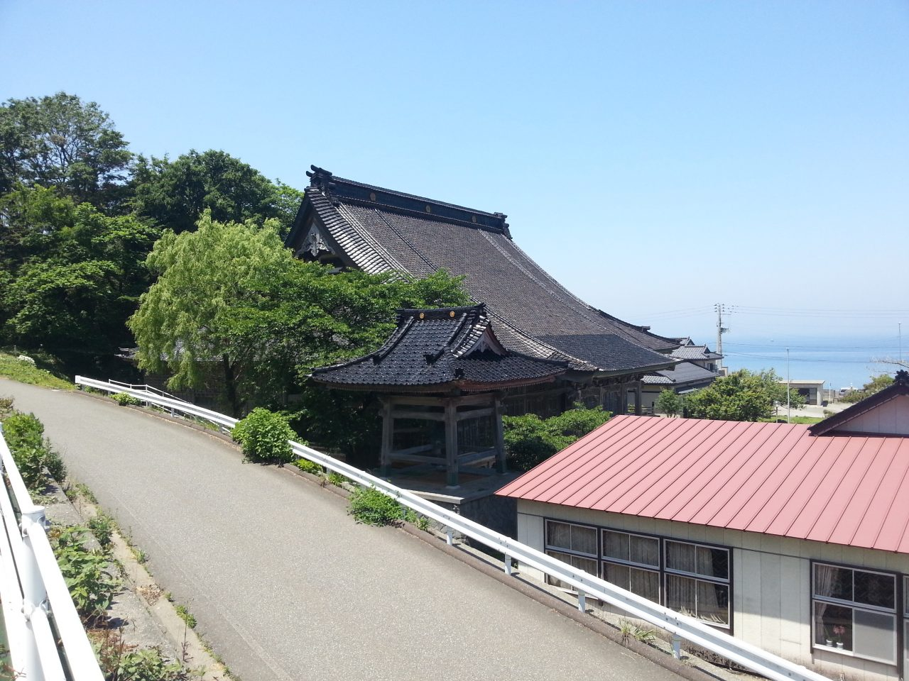 Saishoji Temple from the cycling road