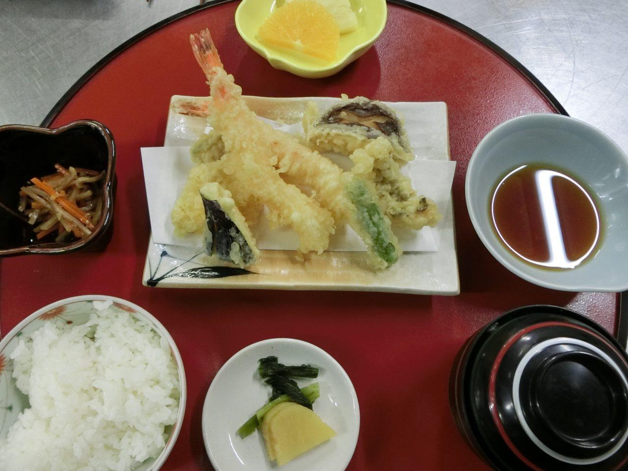 Tempura Set - 950 yen