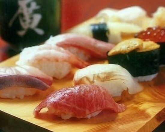 We pride ourselves in tasty, local Itoigawa-style sushi!